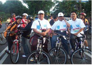 Foto Launching Gerakan Sejuta Sepeda Untuk Sekolah di Surabaya ( foto kenangan semasa Klub Guru)