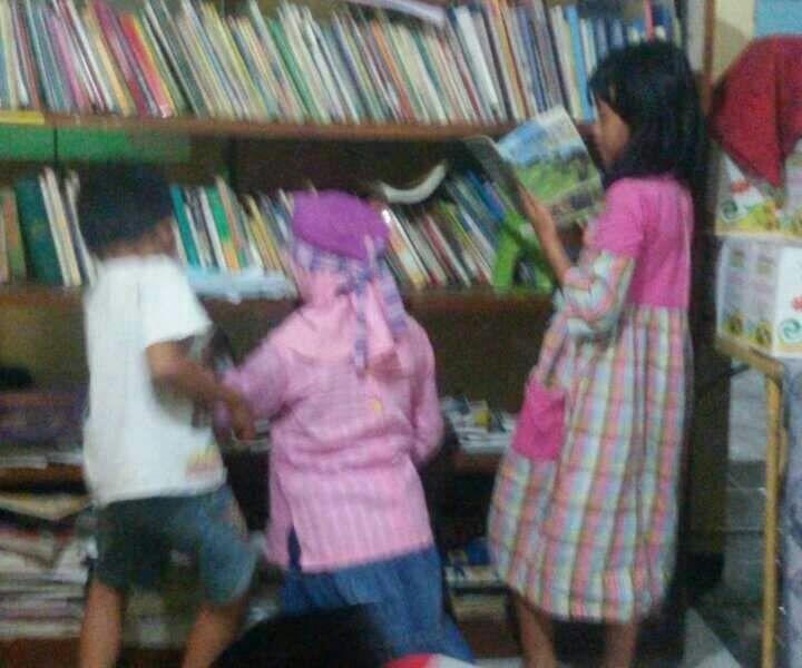 Cara Mengajari Anak Membaca Dan Menulis Dengan Cepat: IGI Pasuruan Adakan Pelatihan Membaca Dan Menulis Cepat